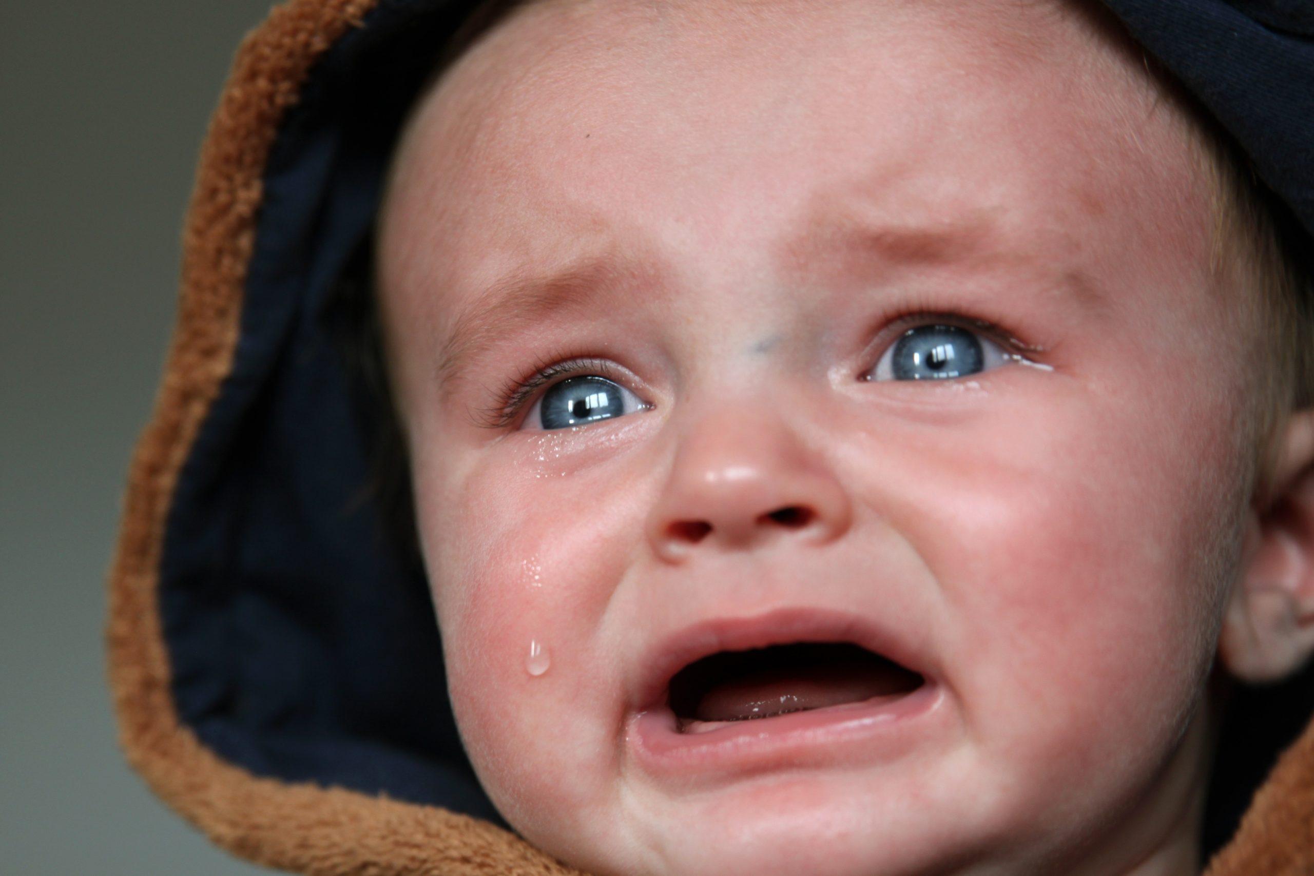comment aider bébé à faire caca